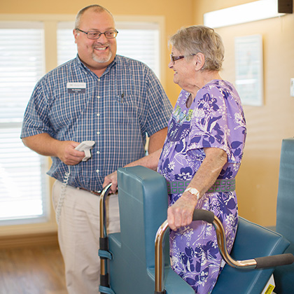 resident receiving physical therapy