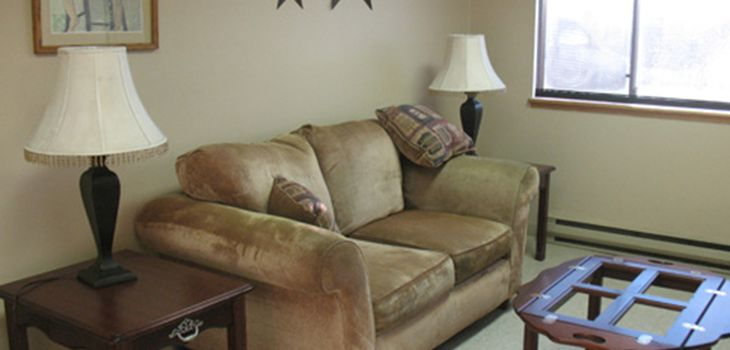 comfortable waiting area with comfortable furnishings