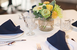 pretty table setting with flower centerpiece