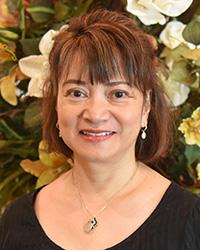 Liz Flores Dietitian
