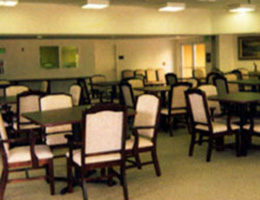 Hollyview dining room
