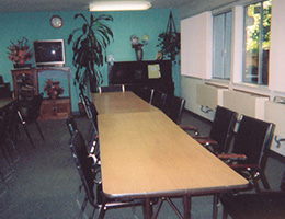 Vacaville Autumn meeting room with tables and chairs