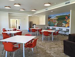 Sonata Riverpark dining room