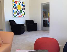Sonata Riverpark lobby seating area